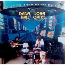 Daryl Hall and John Oates – Bigger Than Both Of Us